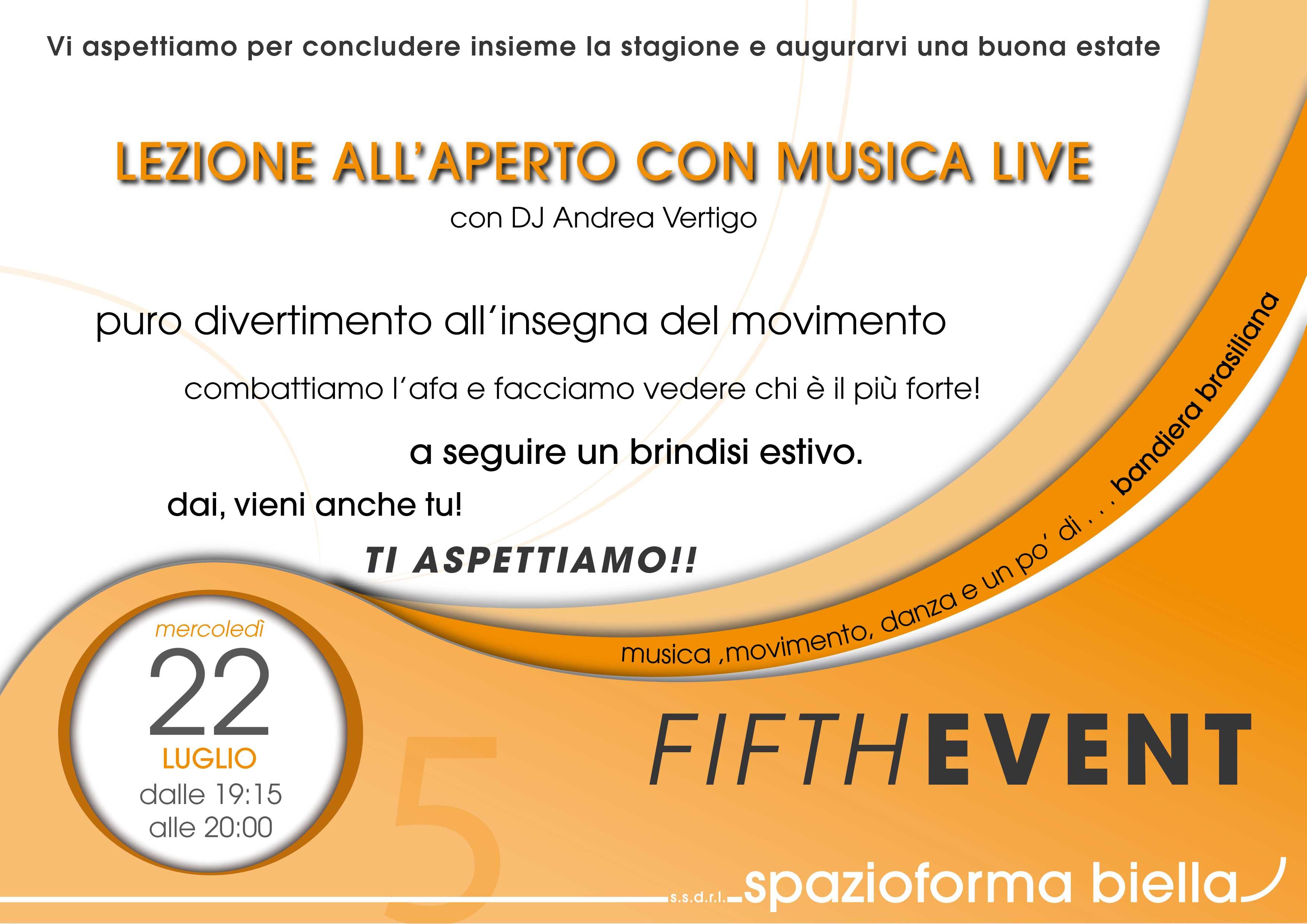 lezione all'aperto con musica dal vivo con il Dj Andrea Vertigo Spazioforma Biella